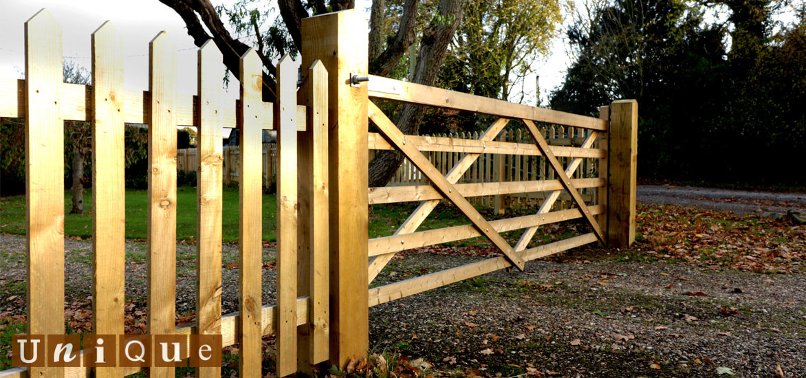 field gate and fence lifestyle image
